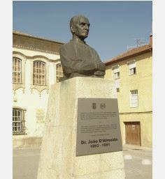 Busto do Dr. João de Almeida