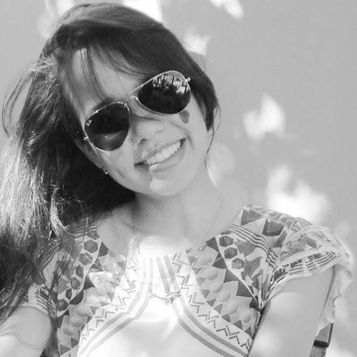 Karoline Pinto Photo 1
