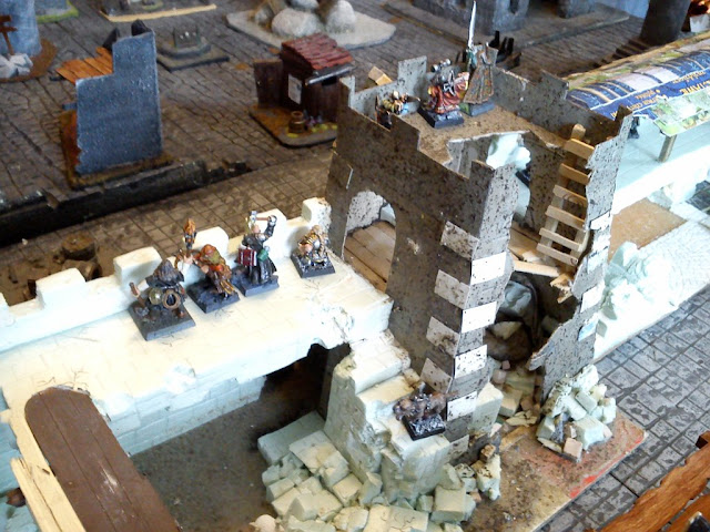 Dwalthrim's smithy - my table and terrain Mordheim_w_komorowie_19