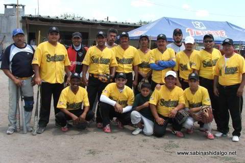Equipo Agua y Drenaje del torneo de softbol del Club Sertoma