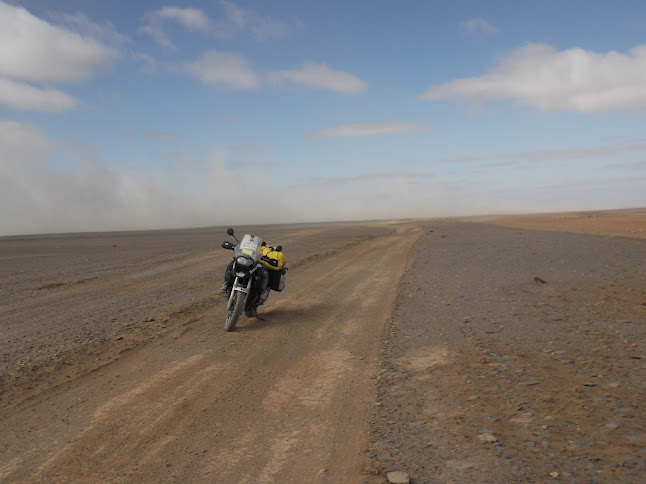 Marrocos e Mauritãnia a Queimar Pneu e Gasolina - Página 9 DSCF1084