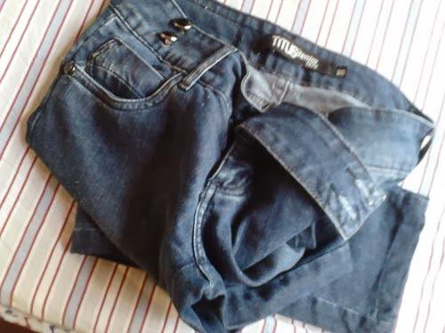 customização de calça jeans destroyed com água sanitária