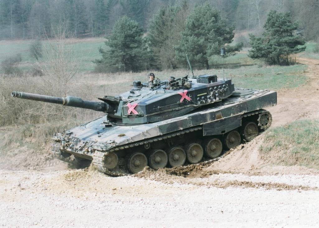 Chris Jerret modeling: Leopard 2A4 Germany  Chris Jerret mo...