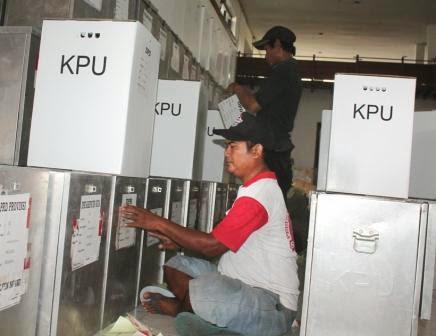 Persiapan droping surat suara dari KPUD Ngawi ke PPK