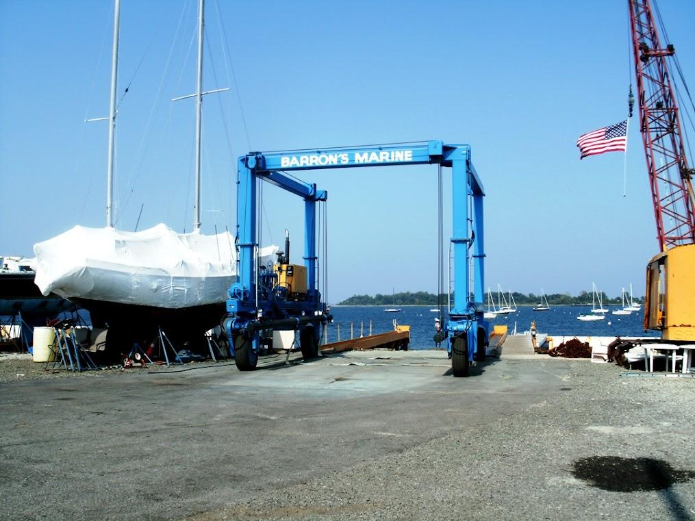 Barron's Boatyard Travel-lift