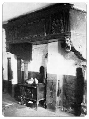 Kamin von 1612, früher Mittelstraße 36.