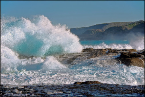 Crashing Waves at Flat Rocks Point, Munmorah, NSW, Australia  A non long-exposure seascape  for #thi...