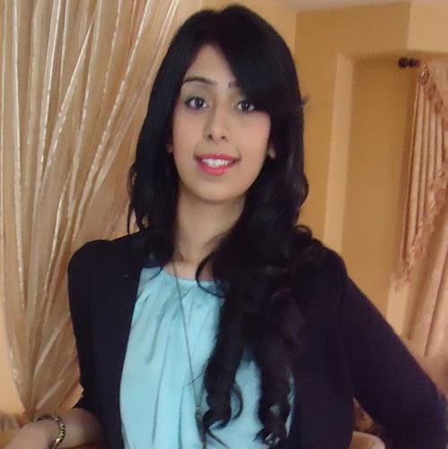 Naila Waheed Photo 6