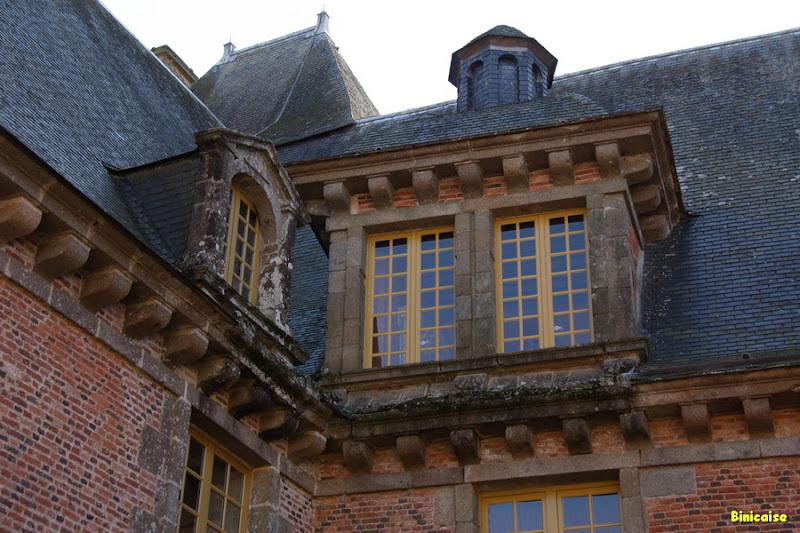 Château de Carrouges. 3/4 dans Normandie