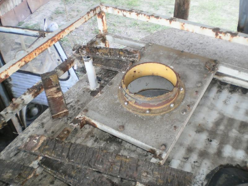 HY de ORTF à suspension hydropneumatique P7020093