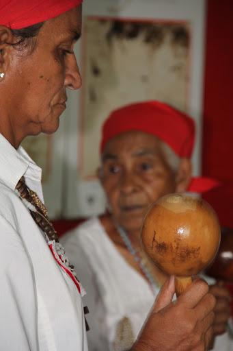 Diablas y maracas en el día de Corpus Christi en San Francisco de Yare, Municipio Bolivar, Miranda Venezuela