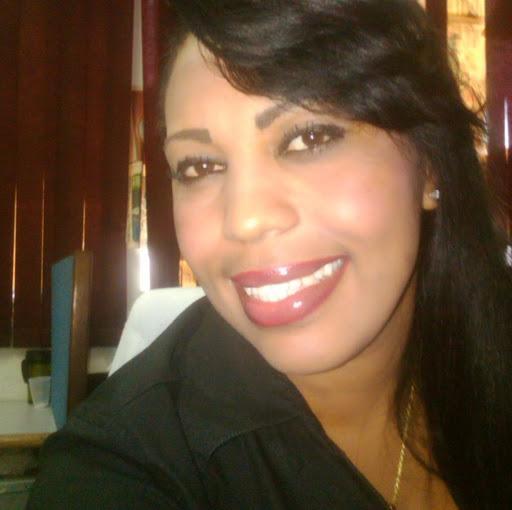 Jasmin Rosa Photo 15