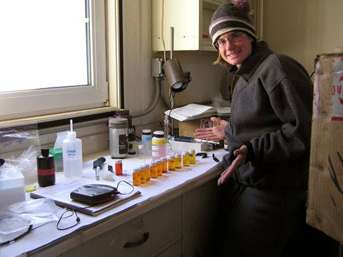 Amy Chiuchiolo with samples from Lake Hoare, 2004 (photo by A. Chiuchiolo)