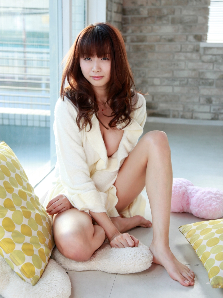 Akina Aoshima Bikini Japanese Model Picture Line Girl