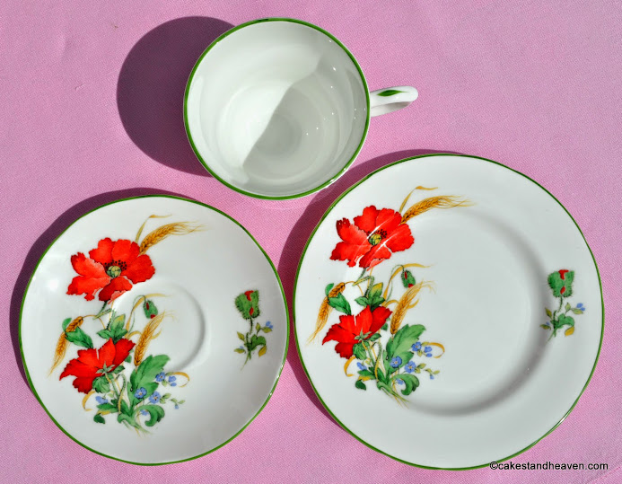 Duchess Poppies vintage tea trio