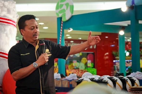 Dr. Hj. Tengku Asmadi Pakar Motivasi