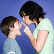 Ứng xử khi trẻ hay cãi