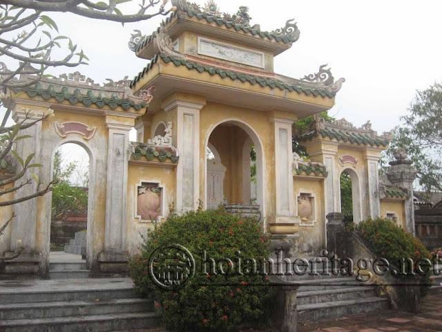 Mộ Chí sĩ Nguyễn Duy Hiệu - Thôn Trà Quế - Xã Cẩm Hà