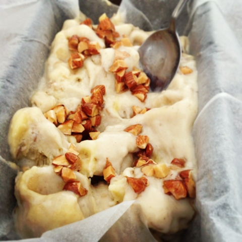 Banana and Almond ice cream recipe - 01