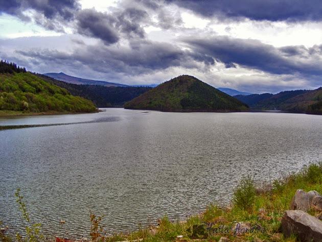 peisaj barajul zetea