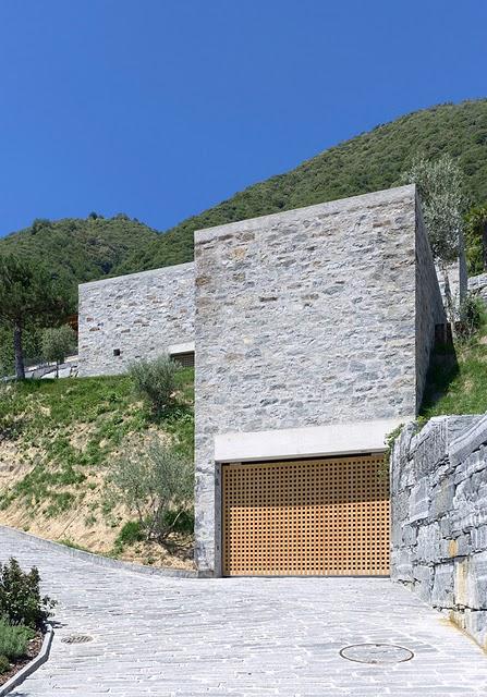 2 Самые красивые дома мира | Фото интерьера каменного дома в Швейцарии