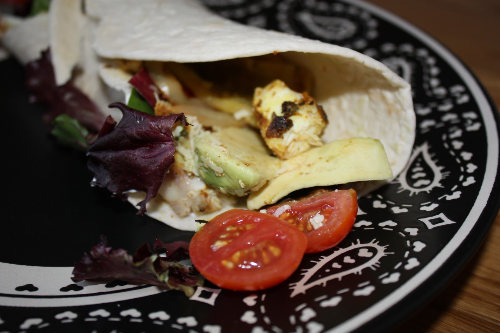 Chow and chatter halibut fish tacos for Halibut fish tacos