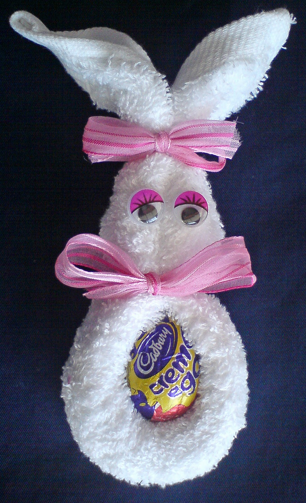 Craft and activities for all ages face cloth easter bunny for Simple crafts for seniors