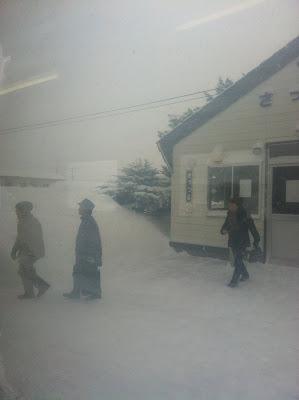 雪の札弦駅