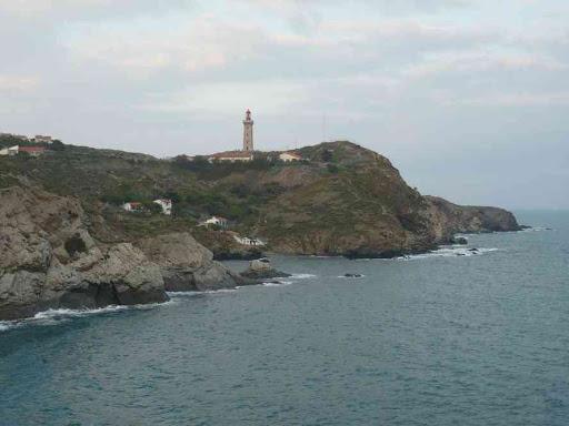 Vers le phare du cap Béar