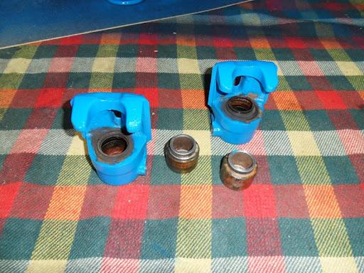 [MAZDA 121]Restauration Mazda 121 1977 Piston_etrier1