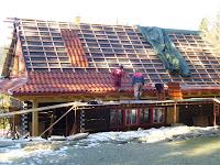 střecha se začíná pomalu rýsovat
