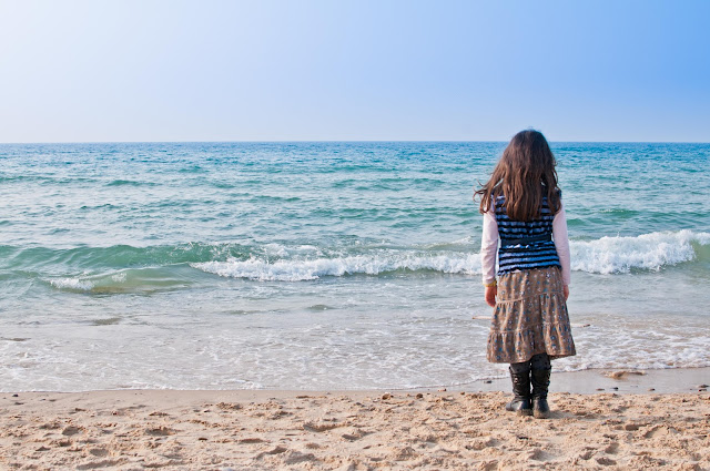 girl and sea, israel