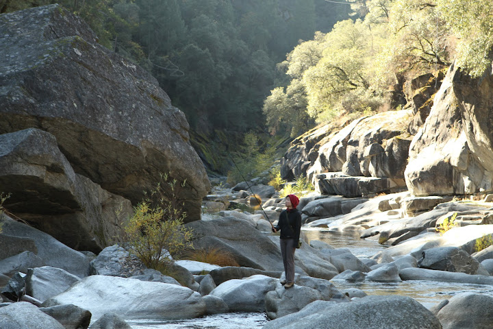 Tenkara in California on rocky terrain