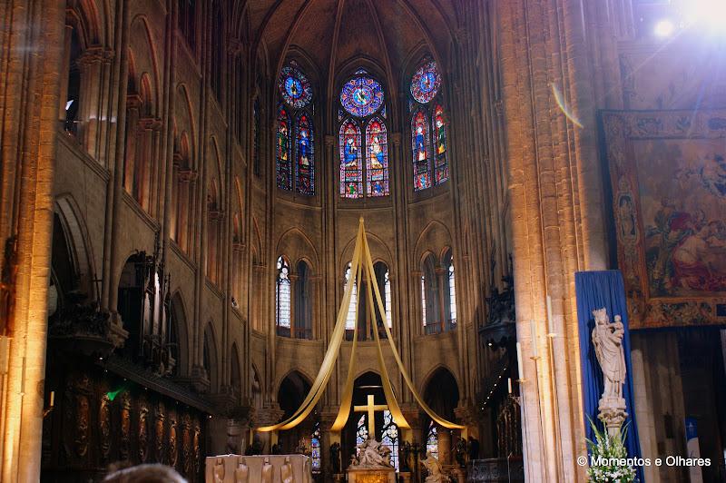 Notre Dame, Vitrais