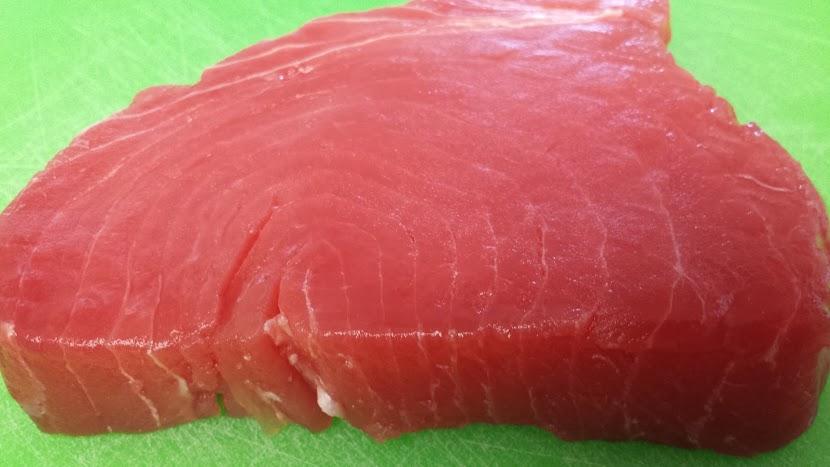 ยำปลา AHI TUNA