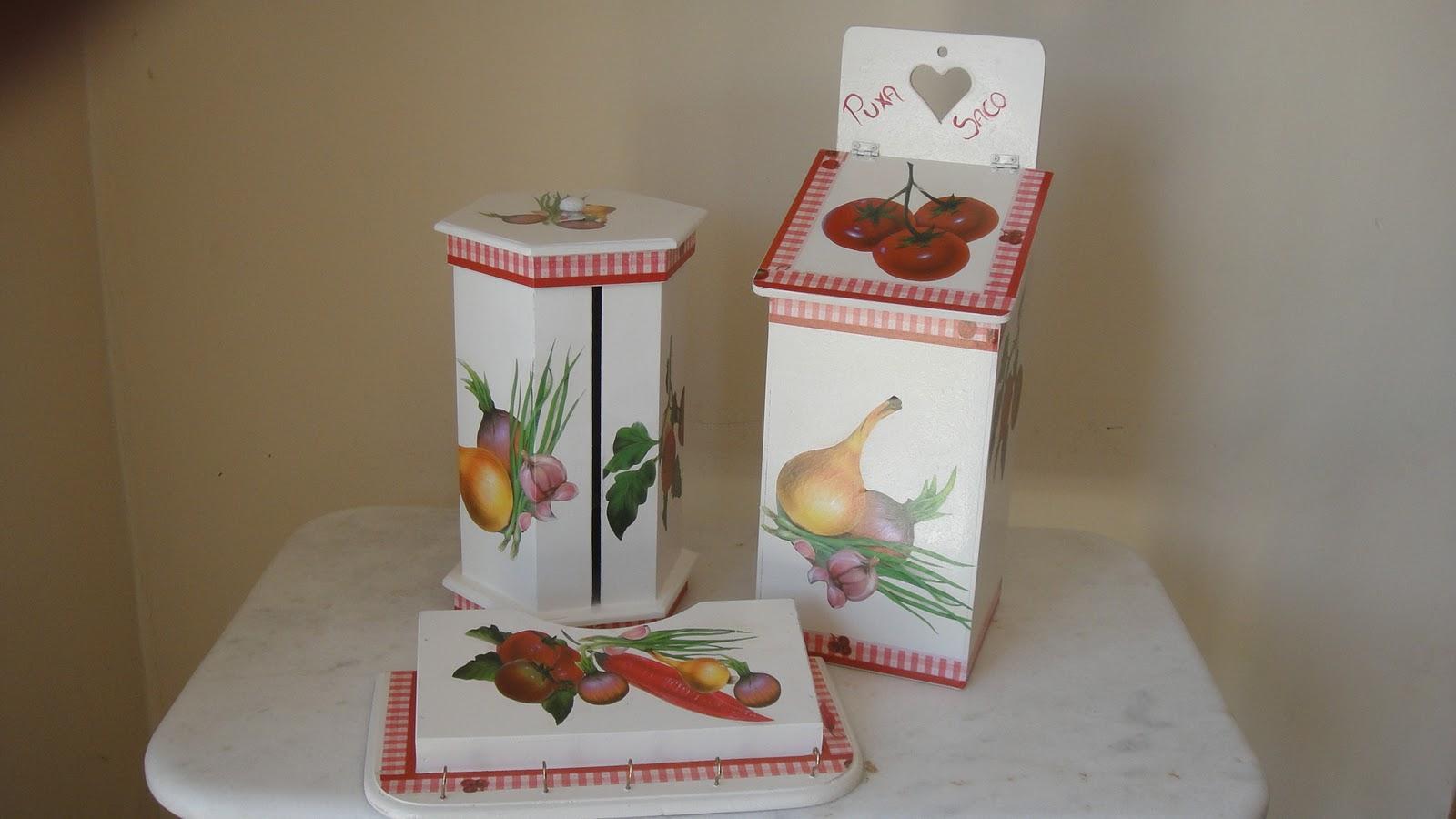 Mina das Artes: Jogo de peças para cozinha Pintura em madeira #694831 1600x900