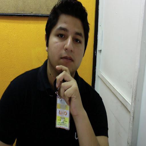 Ronald Mendoza Photo 37