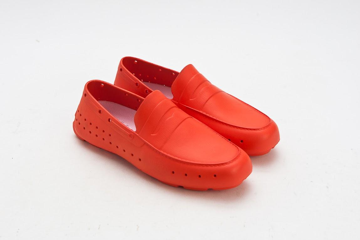*來自美國加州PONIC 輕量膠鞋:首度引進3NITY獨家販售! 3