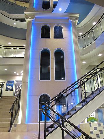 太平洋フェリー「新いしかり」 エントランスEVシャフト照明