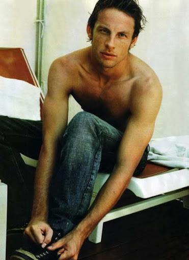 Jenson Button, desnudo