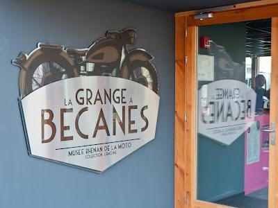 La Grange à Bécanes - Die Motorradscheune im elsässischen Bantzenheim.