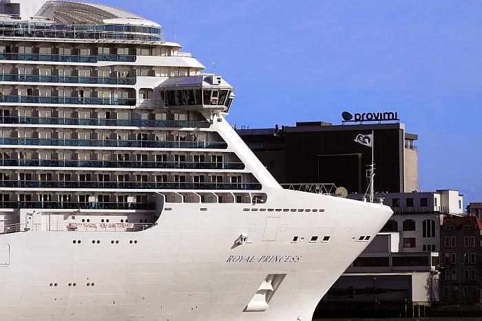 Princess Cruises - Royal Princess