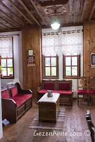 Kastamonu, Küre'deki Ecevit Hanı'nın iç mekanı