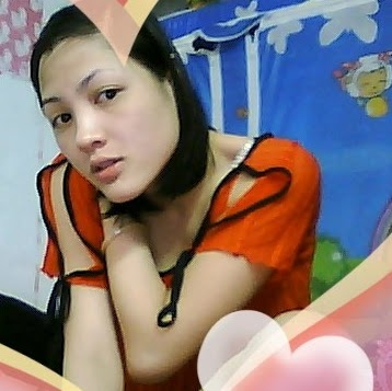 Oanh Ly Photo 14