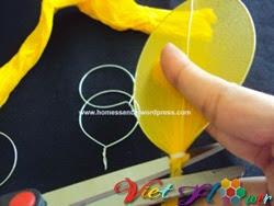 Làm cánh hoa hướng dương bằng vải voan b4