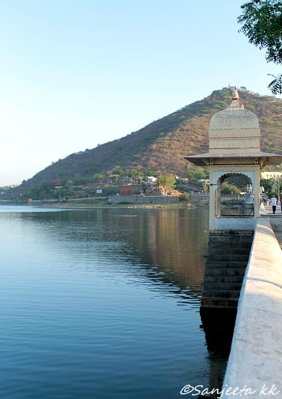 Fateh sagar lake in Udaipur, Rajasthan