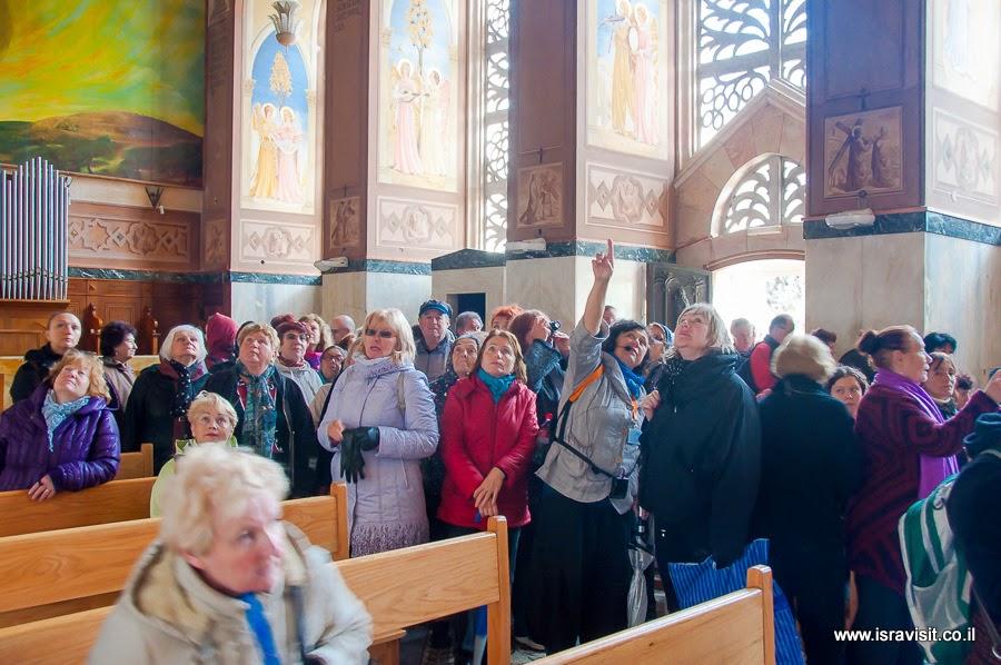 Гид - Экскурсовод в Иерусалиме Светлана Фиалкова, экскурсия в церкви Посещения или Встречи в Иудейских горах.