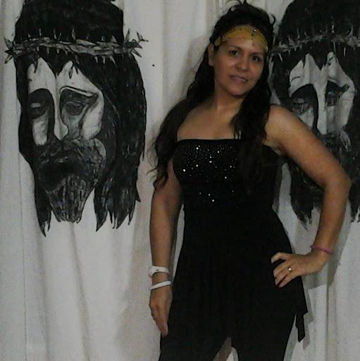Laura Quiroga Photo 21
