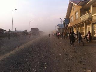 Dea habitants de Goma en train de regagner leurs domiciles le jeudi 22 août 2013 (Photo 100 Citoyens journalistes)