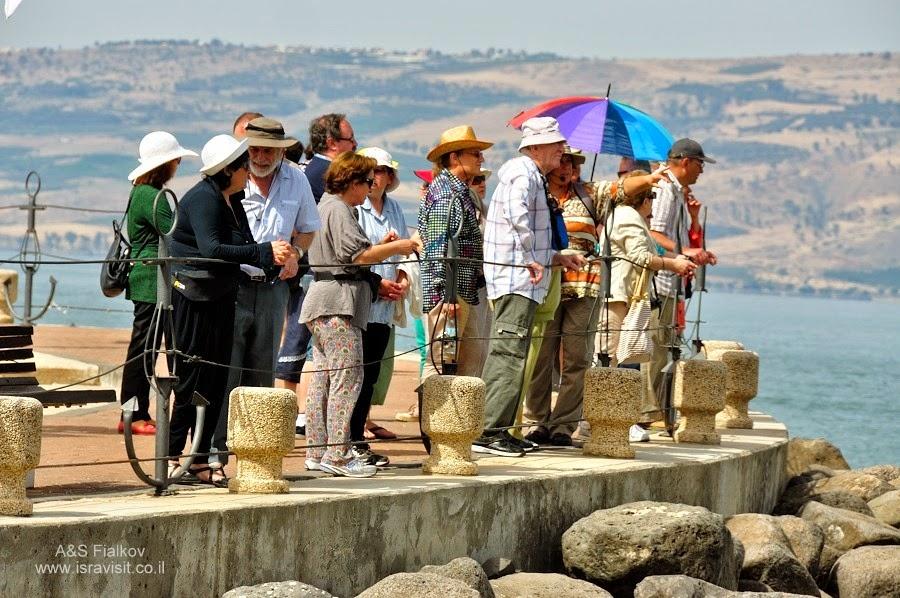 Кибуц Эйн Гев на Кинерете (Галилейском море).  Экскурсия по Голанским высотам. Гид в Израиле Светлана Фиалкова.